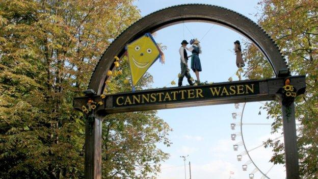 Torbogen zum Cannstatter Wasen Volksfest